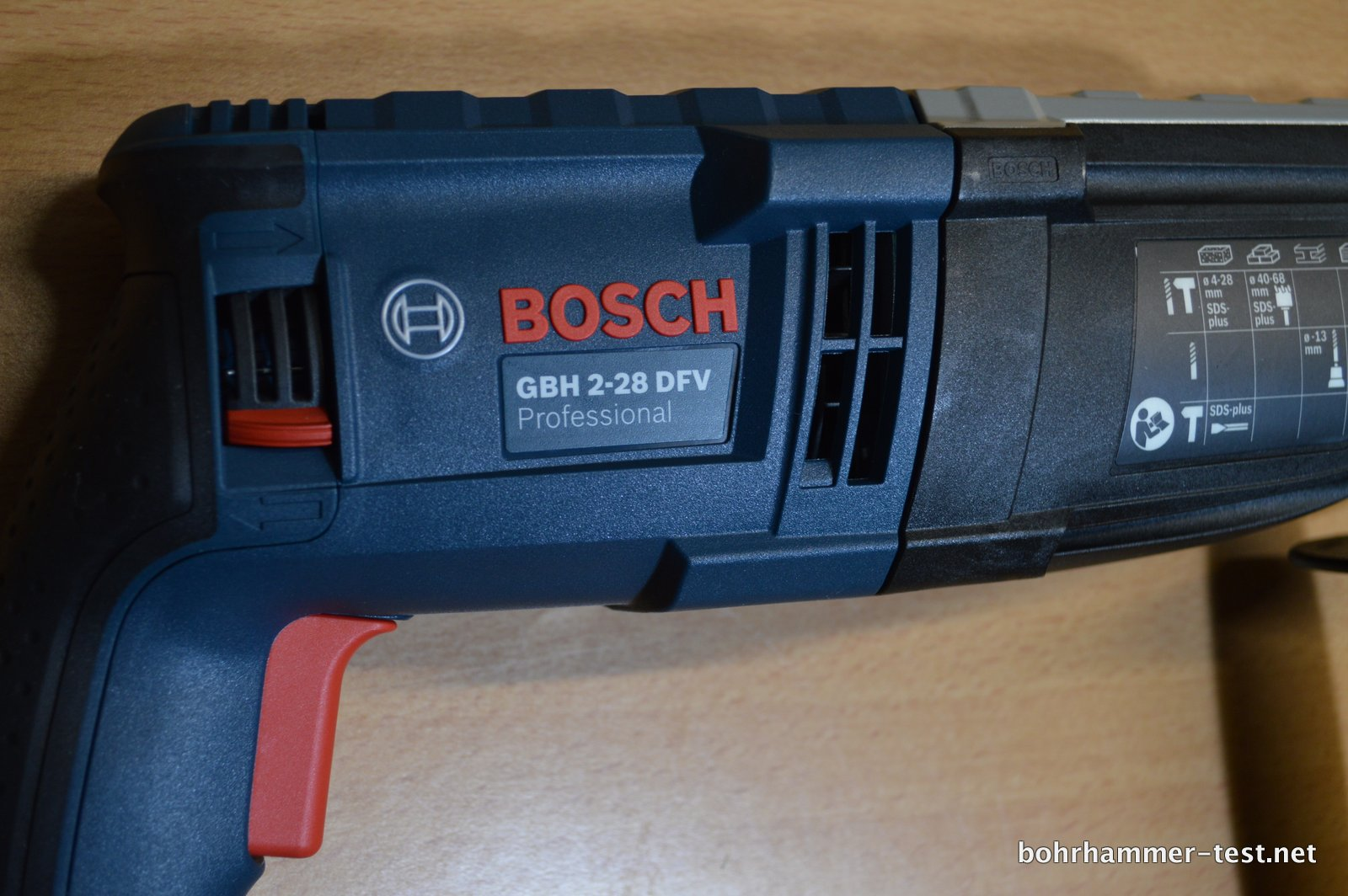 bosch gbh 2 28 dfv bohrhammer im test neu professional mit l boxx. Black Bedroom Furniture Sets. Home Design Ideas