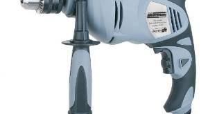 Wieviel Watt sollte eine Schlagbohrmaschine haben?